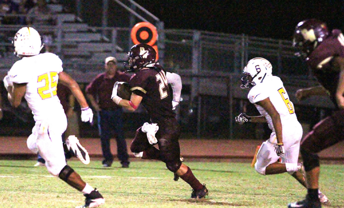 Warhorses face Poteet looking for third win