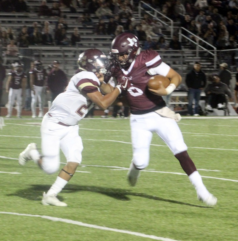 Carrizo Springs at Warhorse Stadium to close out district