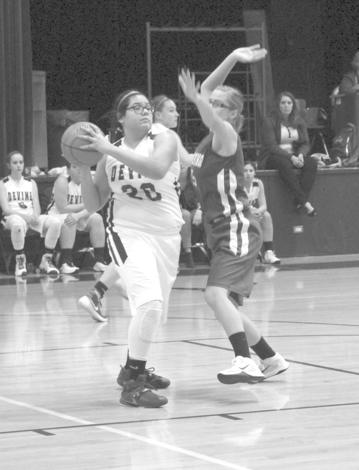 Freshman Arabians close out season