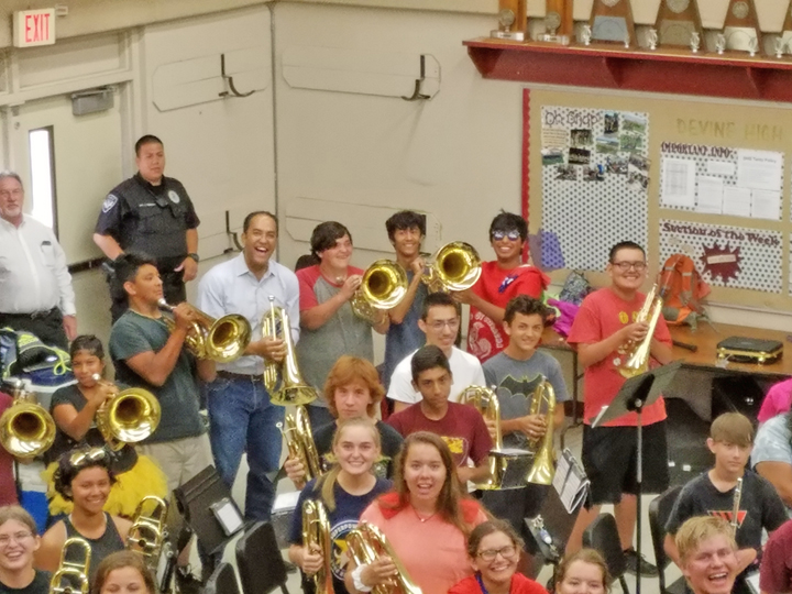 Warhorse Band jams with Congressman who stopped to visit