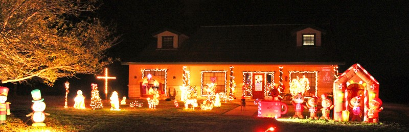 Christmas lights campaign for HANK's kids raises $8,263
