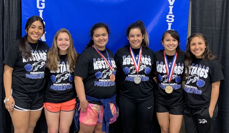 Six Lady Mustangs qualify for State lift meet