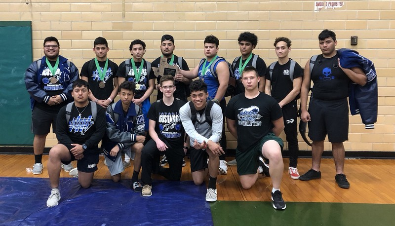 Mustang powerlifting claims 2nd at Regional meet
