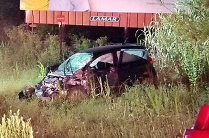 Wreck leaves police searching for driver