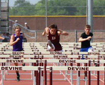 Zapata set to race in 110m Hurdles at State