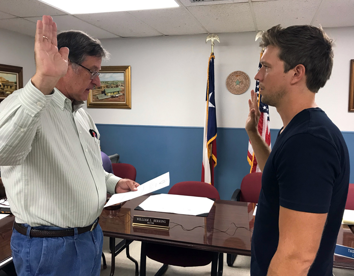 Thompson appointed mayor after Herring resigns