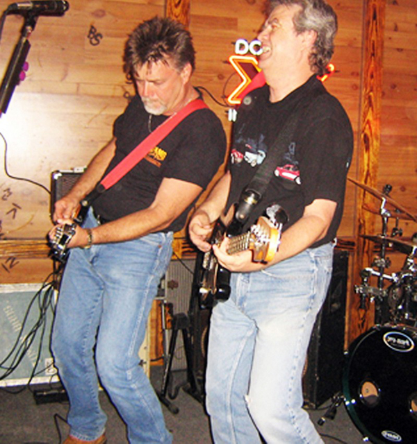 Toman Brothers to perform at dance in honor of Jim Davis on Aug. 24