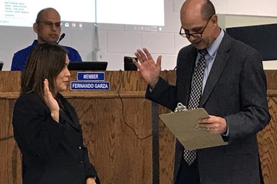 Gentry, Vanderslice sworn into Natalia ISD Board