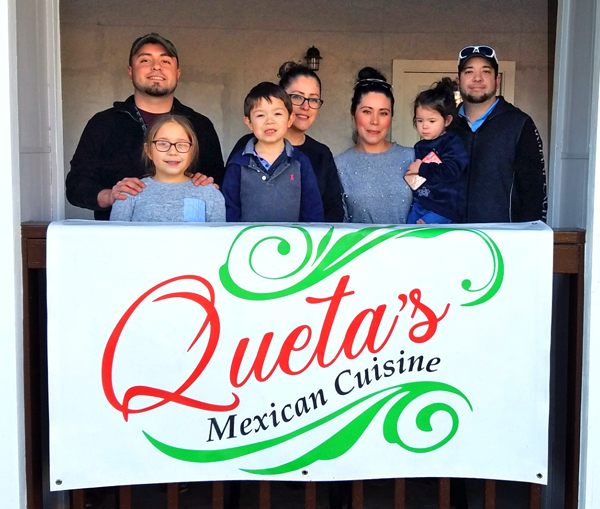 Queta's Mexican Cuisine in Devine offers delivery and drive-thru