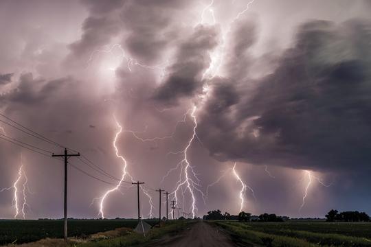"New ""Destructive"" Severe Thunderstorm warning category to trigger alerts on mobile phones"